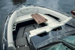 Cruisers 338 Bow Rider Bow Seating