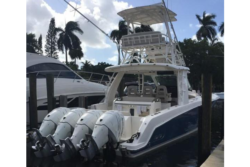 420 OUTRAGE Boston Whaler's For Sale