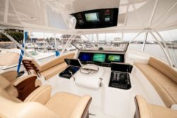 2017 GYS trade 72 Viking Yacht Convertible