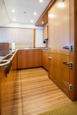 custom sportfish yacht- 78 Skybridge