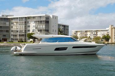 New 2014 PRESTIGE YACHTS 550 S Yacht