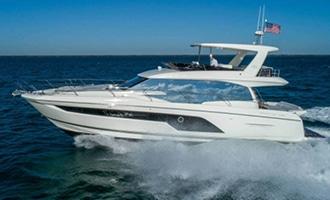 New Prestige 590 Flybridge Yacht