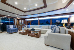 G120 Hargrave Custom Yacht at FLIBS