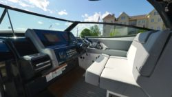 EXCITING VERSATILITY Cruisers Yachts 38 GLS continues to push the boundaries of versatility. Perfectly packaging a bowrider and outboard with big boat craftsmanship you expect from Cruisers. CRUISERS 38 GLS