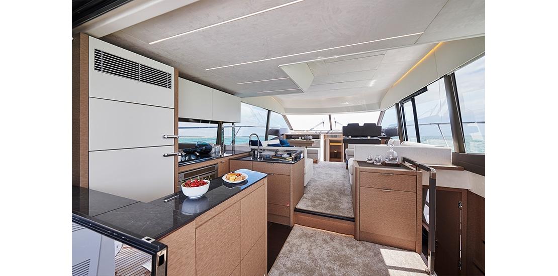 Prestige 590 Interior