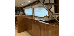Viking Yachts 80 Skybridge