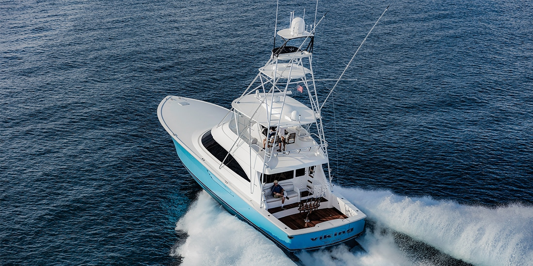 Viking 58 Convertible runningabove
