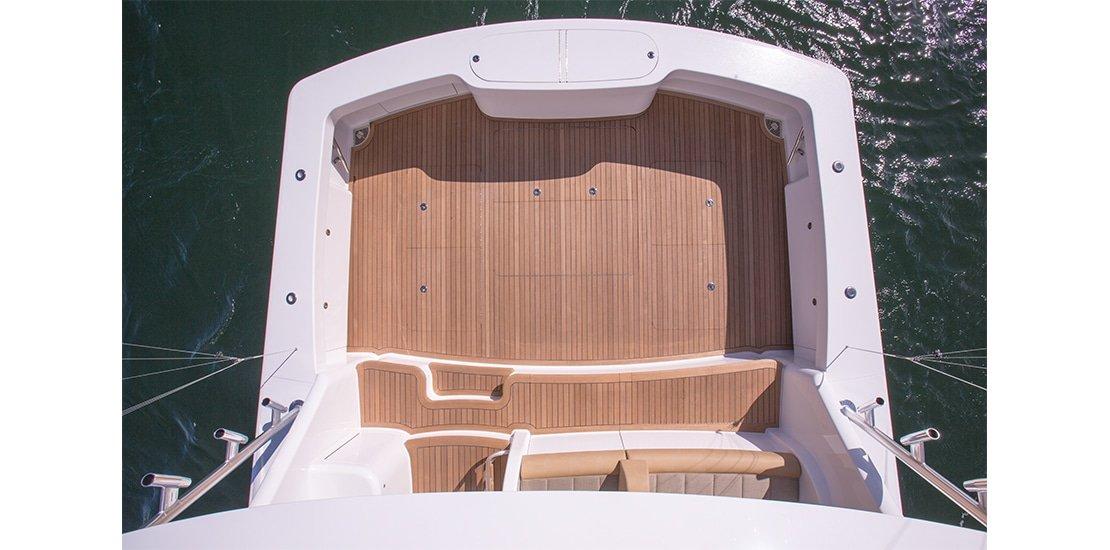 Viking 62 Cockpit