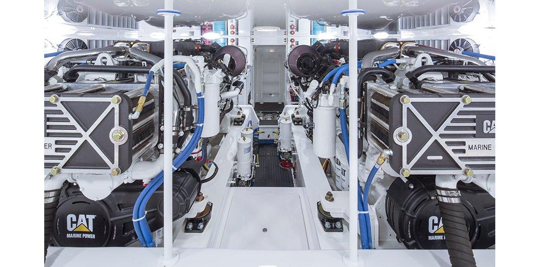 Viking 62 Convertible Cockpit Engines