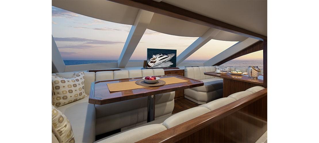 Viking 75 Motor Yacht Dinette