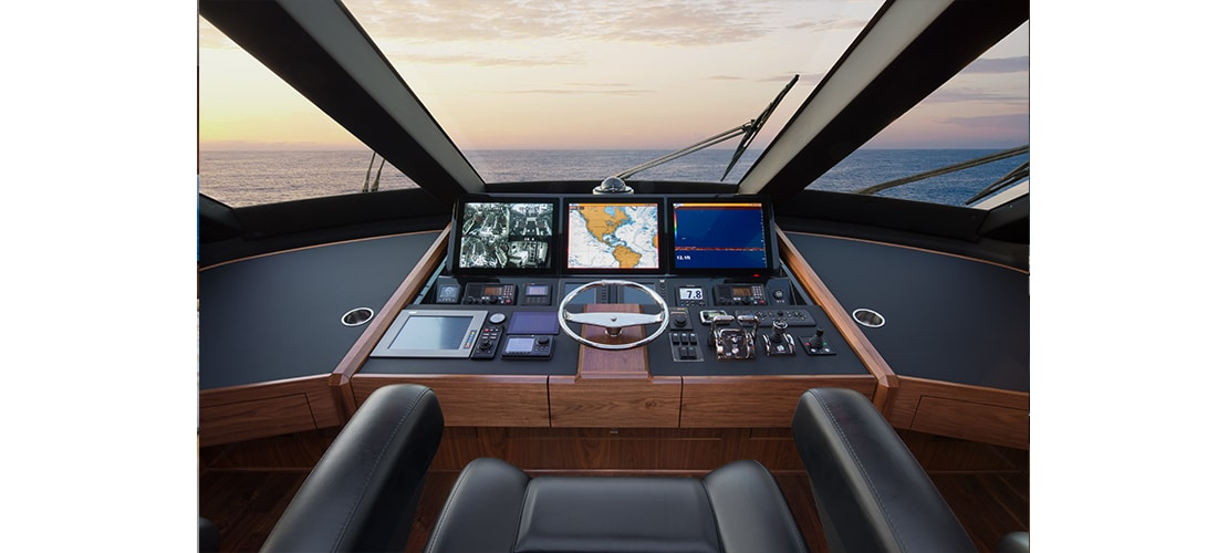 Viking 75 Motor Yacht Helm