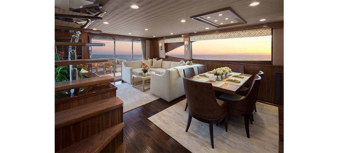 Viking 75 Motor Yacht Salon