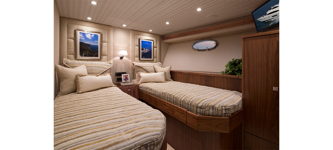 Viking 75 Motor Yacht Twin Stateroom