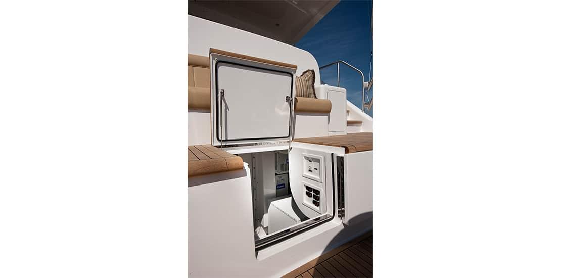 Viking 92 Enclosed Bridge Engine Room Access
