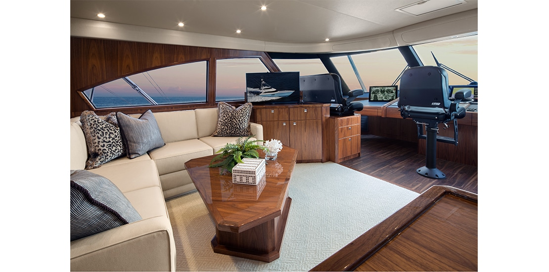Viking 92 Enclosed Bridge Seating
