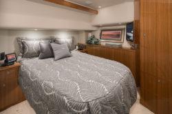 Viking Yachts 44 C stateroom