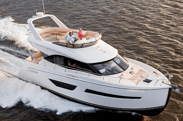 Carver Flybridge Yachts for Sale