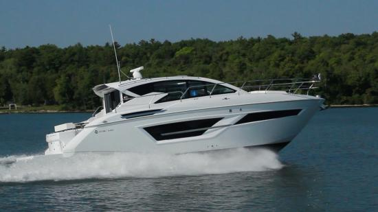 New Cruisers Yachts 46 Cantius Yacht