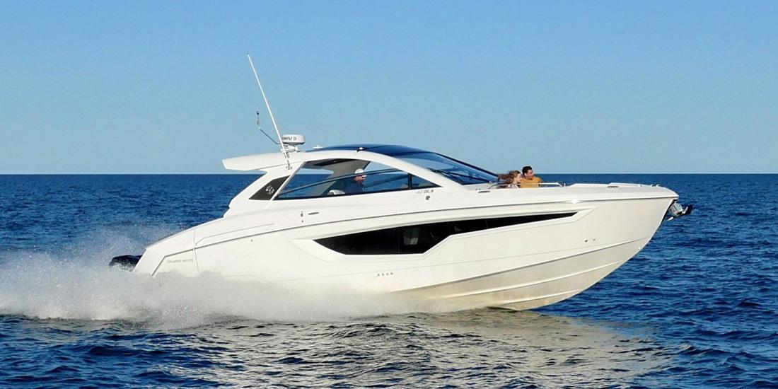 New Cruisers Yachts 42 GLS Yacht