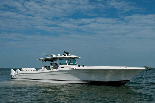 HCB center console boat