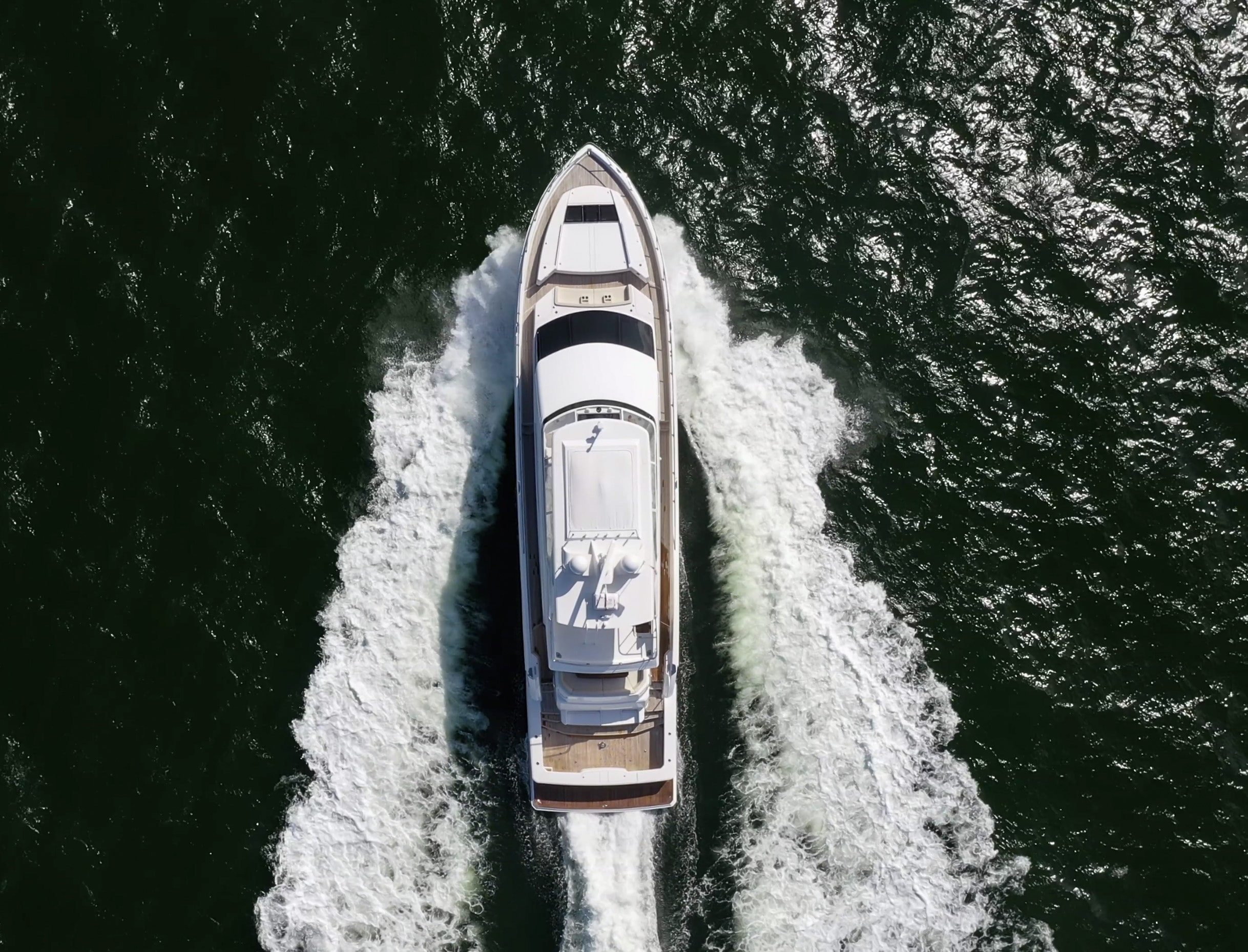 Viking Yachts 82 CPMY Running overhead