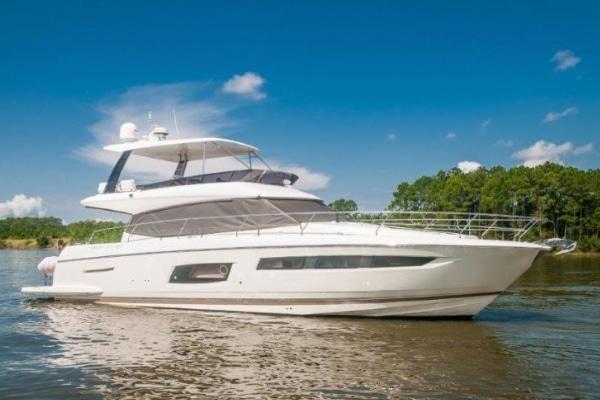 New 2017 PRESTIGE 560 FLYBRIDGE Yacht