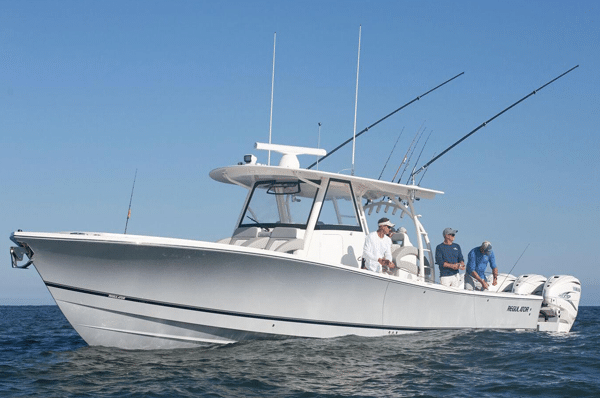 Center Console Boats for Sale Regulator