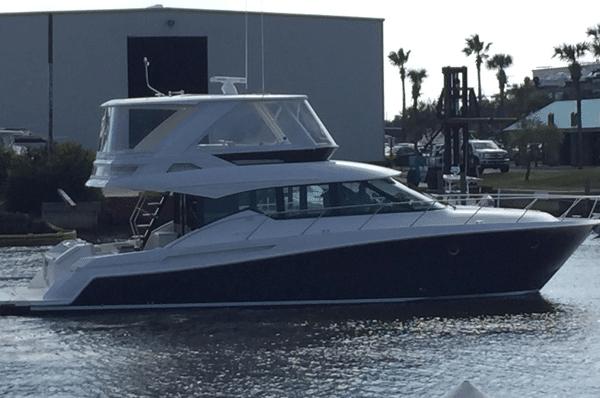 Tiara Flybridge Yachts for Sale