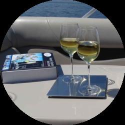 anti-slip wine glasses for the boating mom